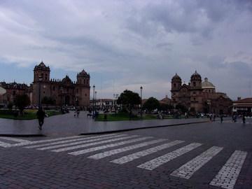 アルマス広場の景色