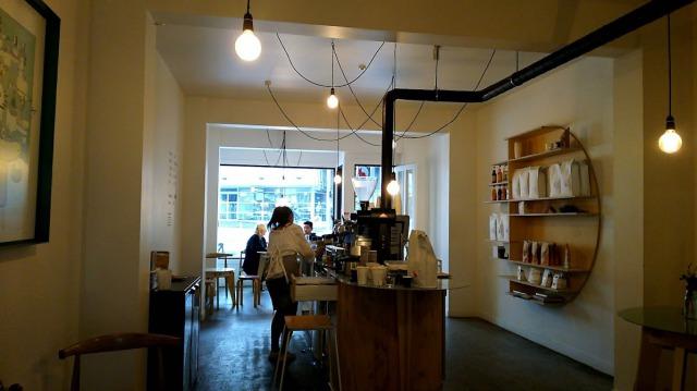 Frank's coffee店内