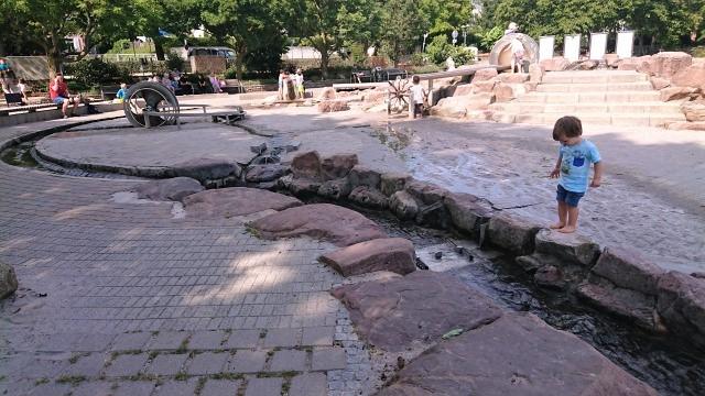 ハイデルベルク ネッカーヴィーセ 親水公園
