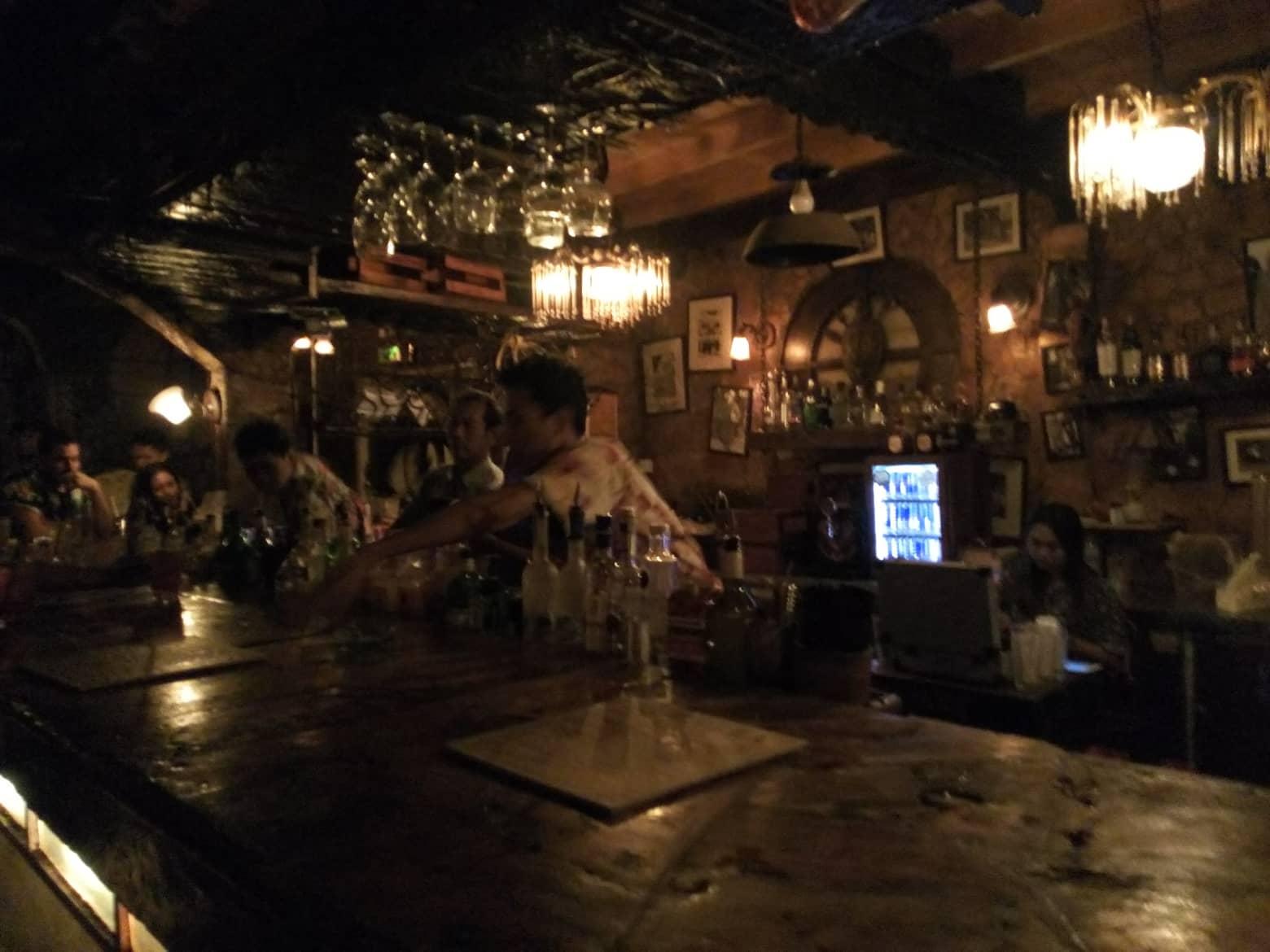 バリ島ナイトクラブ