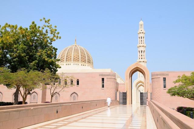 スルタン・カブース・グランド・モスクのエントランス