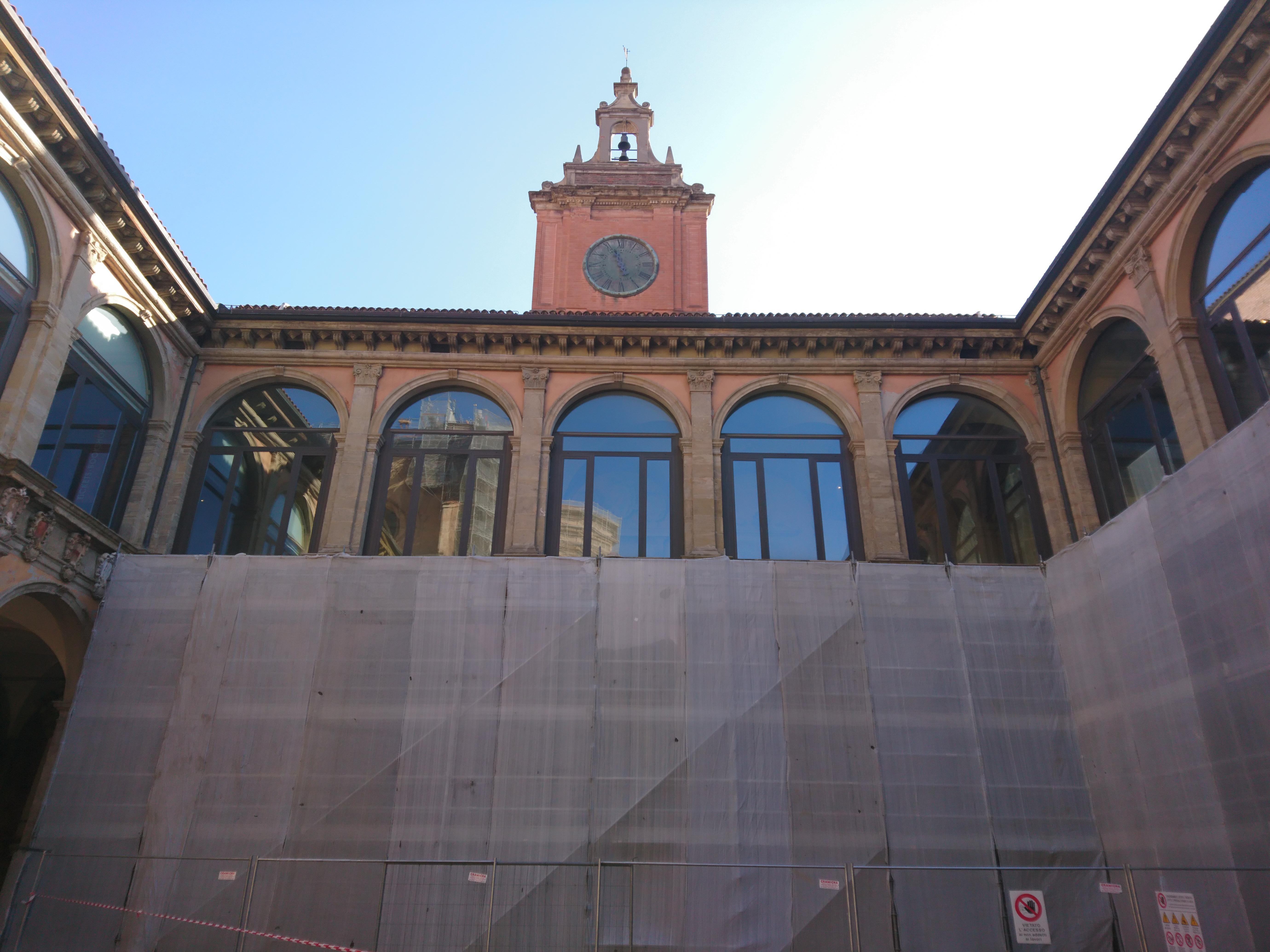 工事中の旧ボローニャ大学
