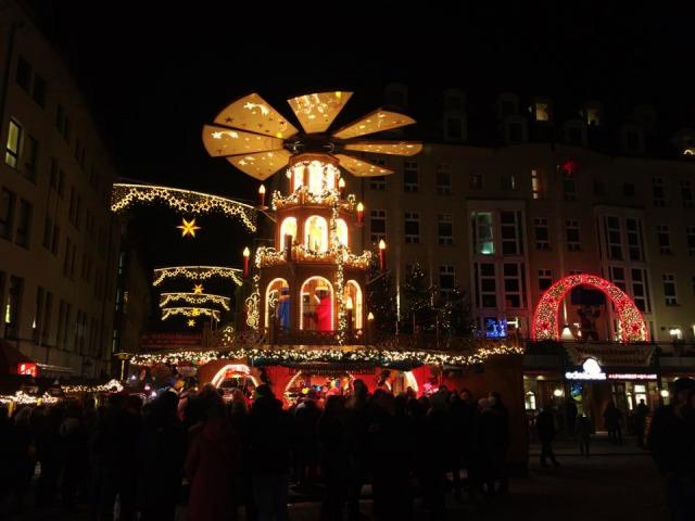 ドレスデンクリスマスマーケットイメージ