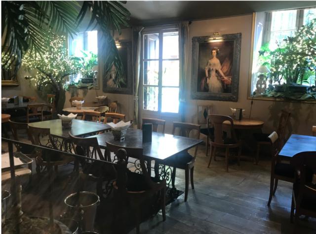 Floris house di Simonetta tere sina