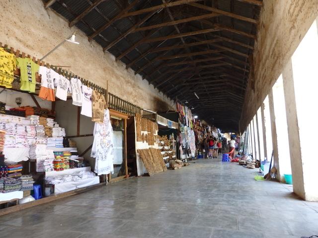 バガンのとある寺院の土産物屋