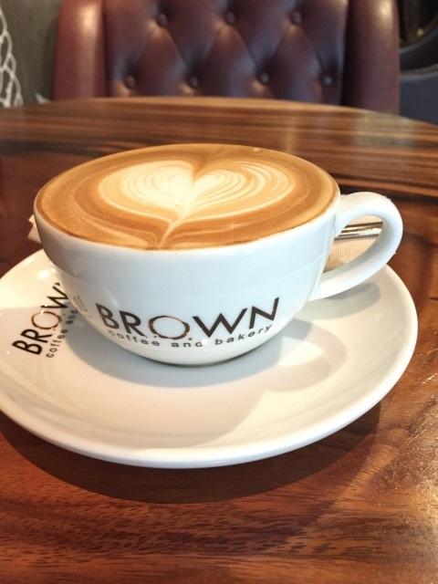 カンボジアのチェーン店Bworn Coffee