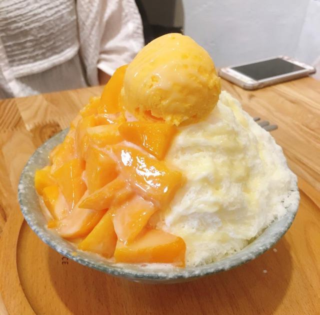 マンゴーのかき氷