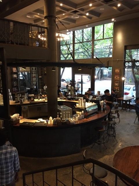 市内にあるBrown Coffeeのとある店舗