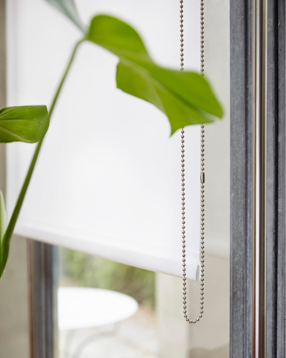 Stitched Classic Transparent White Roller Blinds