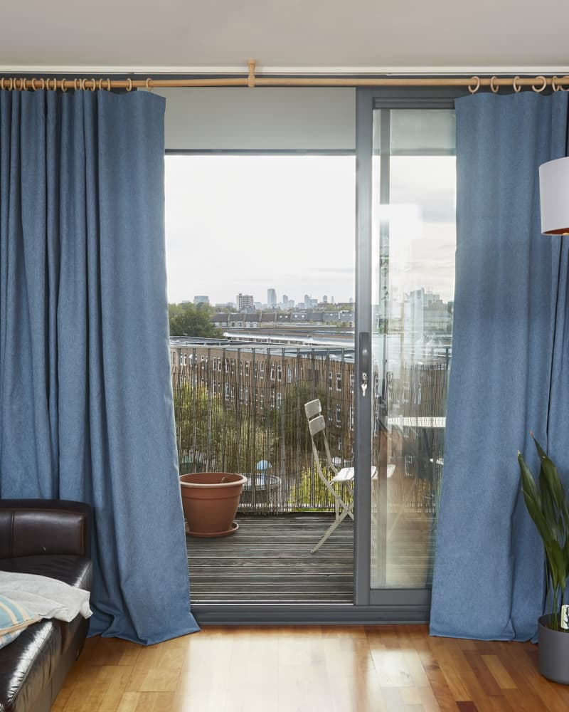 Blue recycled polyester curtains in wave style