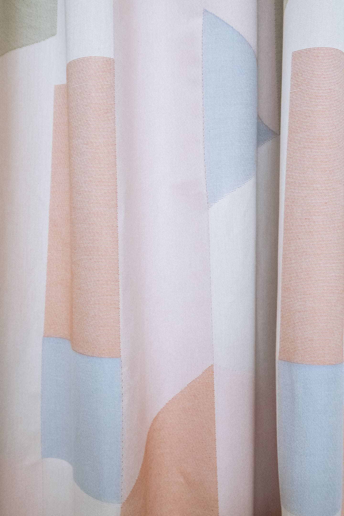 Espacio Organic Cotton Fabric being woven