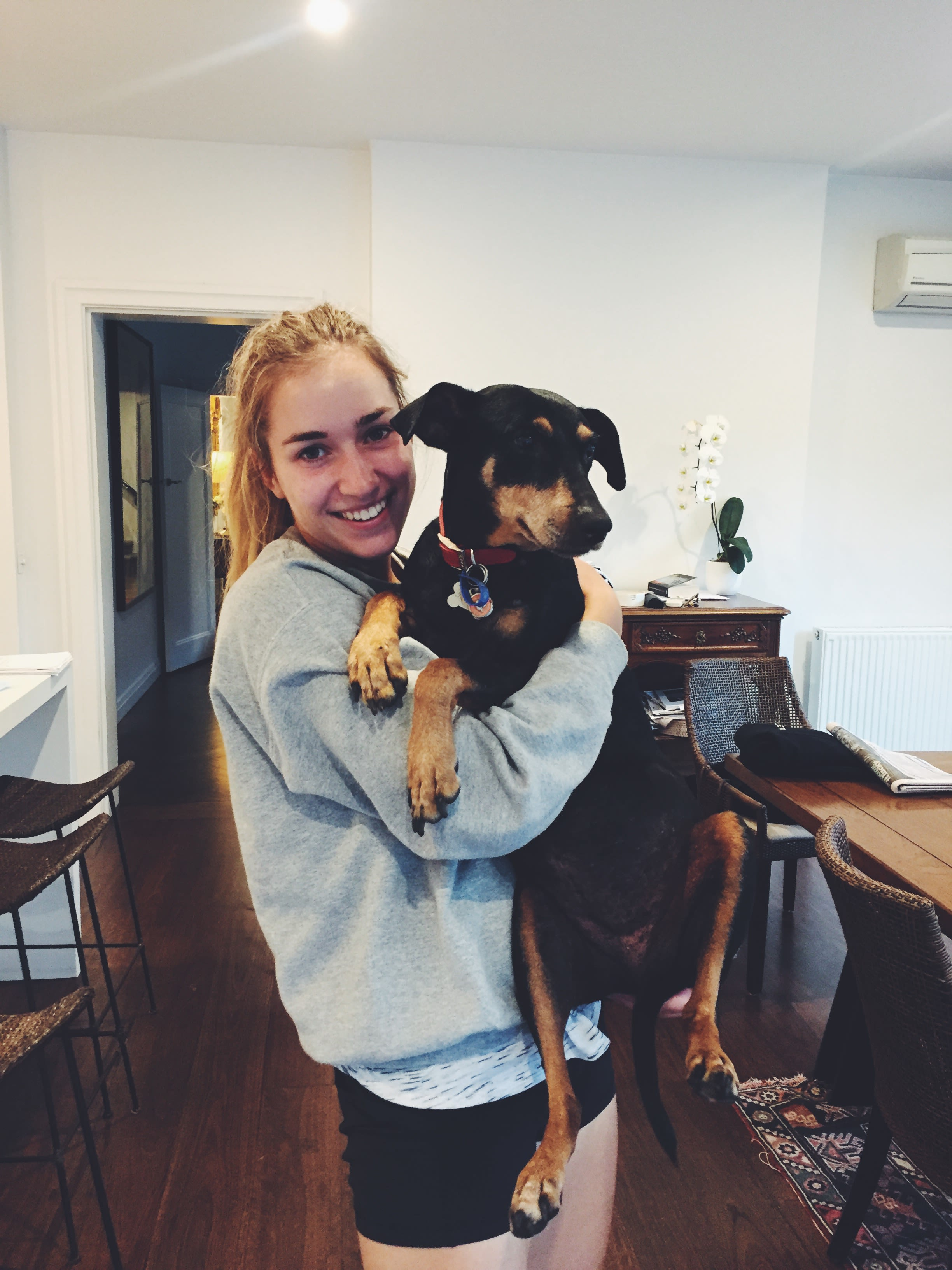 Devoted pet-sitter house sitter in Melbourne