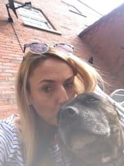 I love animals & I'm a newley qualified vet nurse