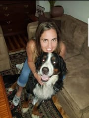 Dog friend and experienced sitter, dearly caregiver, absolutely love dogs!