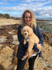 Reliable, animal loving pet sitter - Burleigh Waters.