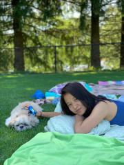Affectionate and experienced pet sitter