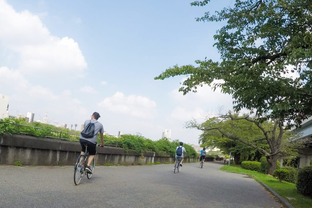 Enjoy Tokyo 10 times more by Cycling