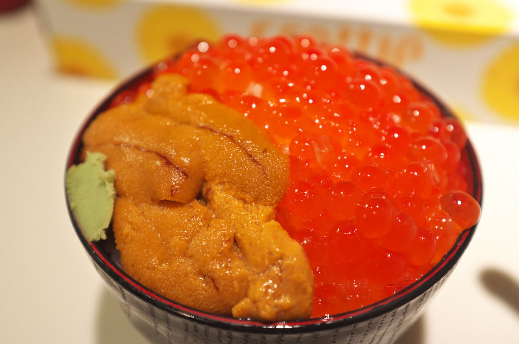 Don't miss other special menu items like Uni-ikura-don (Sea Urchin and Roe rice bowl) as well!