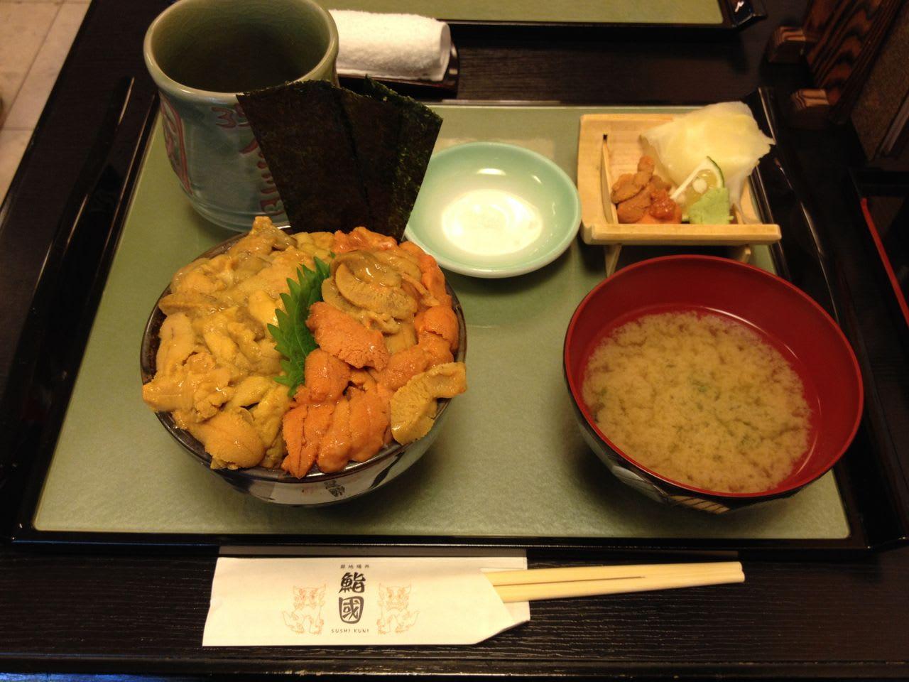 Look at this impressive original Ganso Kobore-uni-don (Overflowing Sea Urchin-don)!