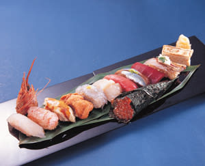 Seasonal Omakase (Chef's Choice) Sushi Nigiri - Bargain price with unbelievable selection of neta (seafood topping)