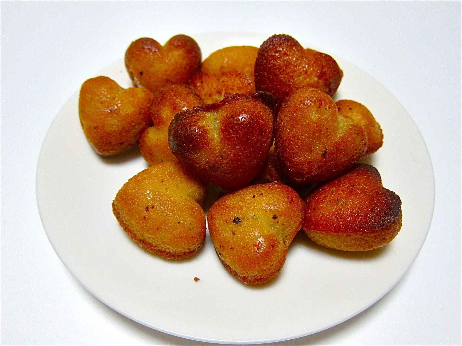 "Can Eat Fresh Out of The Oven ""Petit Financier"""