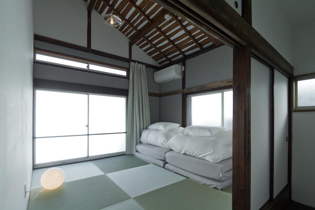 Rooms and facilities at hanare