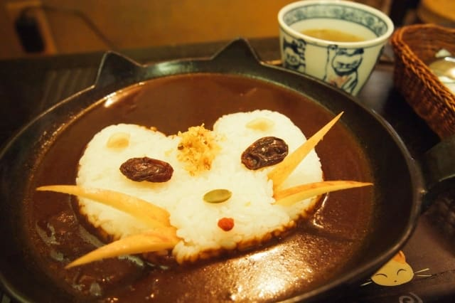 Cat-shaped Curry Is Too Cute to Eat