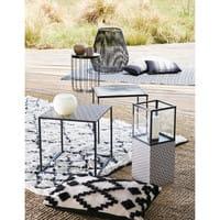 Bout de canapé en métal motifs noirs et blancs Amina