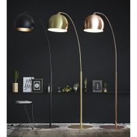 Lámpara de pie de metal dorado H. 206 cm Gold Sphere