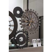Metalluhren im Räderwerk-Design Mécanisme