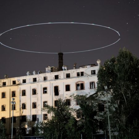 Light painting with drones