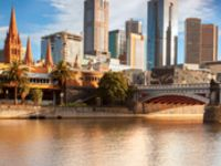 Melbourne city sites morning tour with Yarra river cruise.