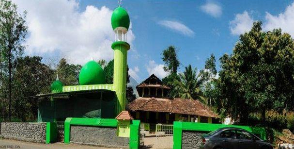 varambetta_mosque_wayanad_alt