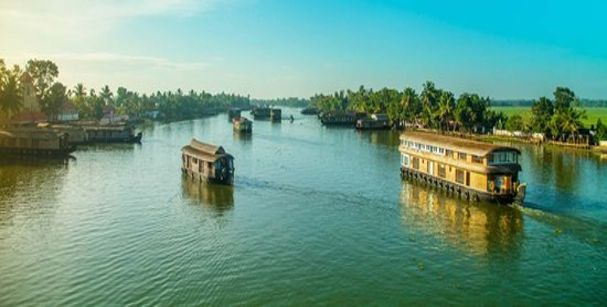 backwaters_kerala_alt