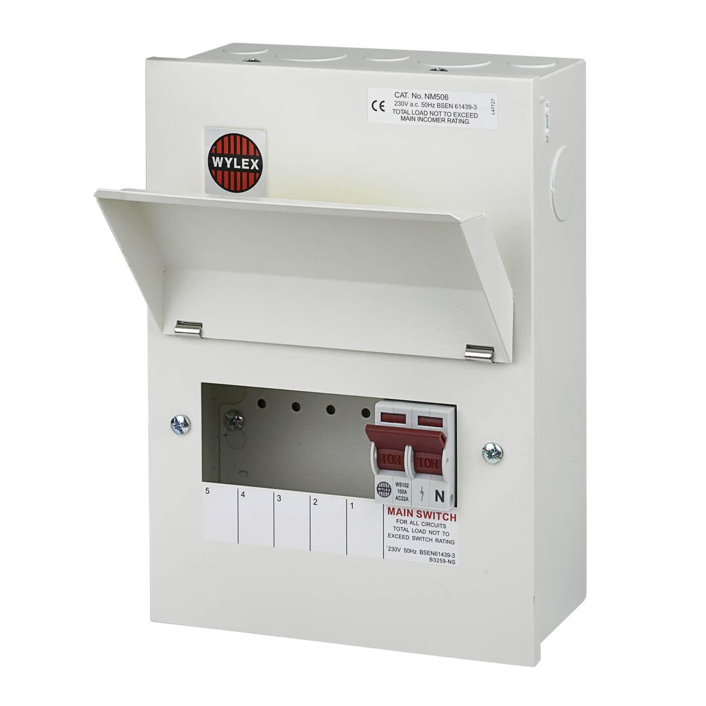 Wylex 5 Way 100A Main Switch Metal Consumer Unit - Amendment 3)