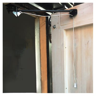 Cord Operated Door Holder - Garage Door - 610mm - Black Japanned