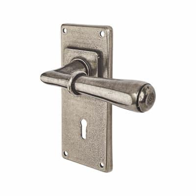 Finesse Fenwick Door Handle on Jesmond Plate - Keyhole Lock Set - Pewter