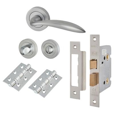 Touchpoint Morgan Lever Door Handle Bathroom Lock Kit Satin