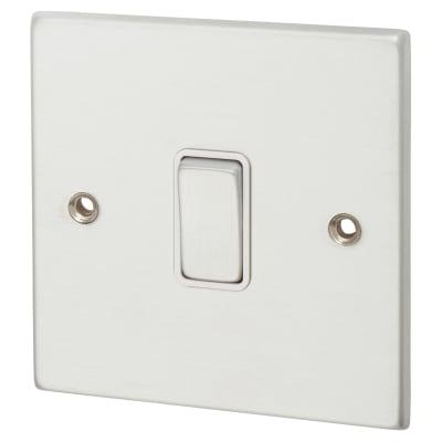 Hamilton Hartland 10AX 1 Gang Intermediate Switch - Satin Chrome with White Inserts