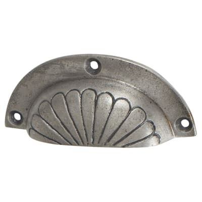 Olde Forge Shell Cup Handle - 84mm Centres - Lacquered Iron