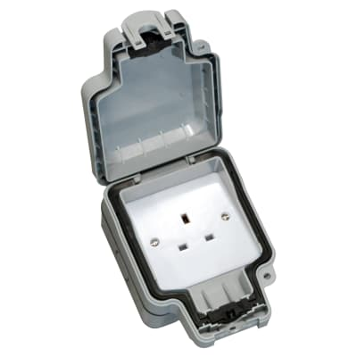 Hamilton Elemento 13A IP66 1 Gang Unswitched Outdoor Socket - Grey
