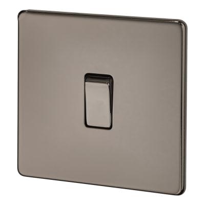 BG 10A Screwless Flatplate Intermediate Switch - Black Nickel