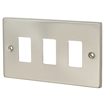 Click Scolmore GridPro 3 Gang Deco Front Plate - Satin Chrome