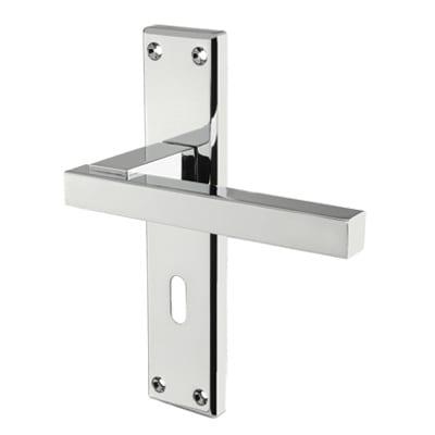 Carlisle Brass Stratus Door Handle - Keyhole Lock Set - Polished Chrome
