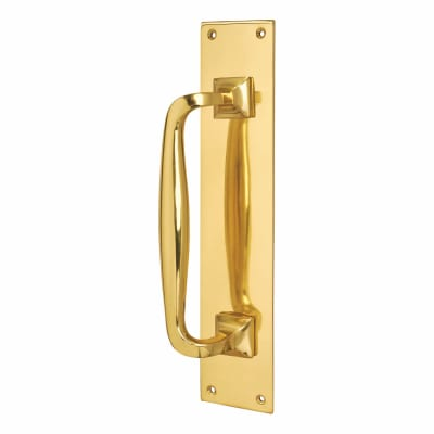 Brewery Entrance Pull Handle on Finger Plate - 305 x 61mm - Polished Brass