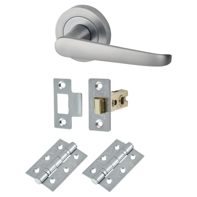 Budget straight Lever Door Handles on Rose - Door Kit -  Satin Chrome