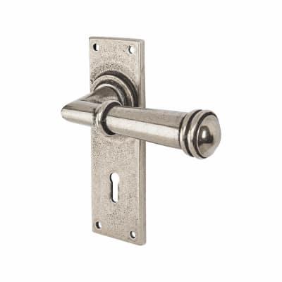 Finesse Durham Door Handle - Keyhole Lock Set - Pewter