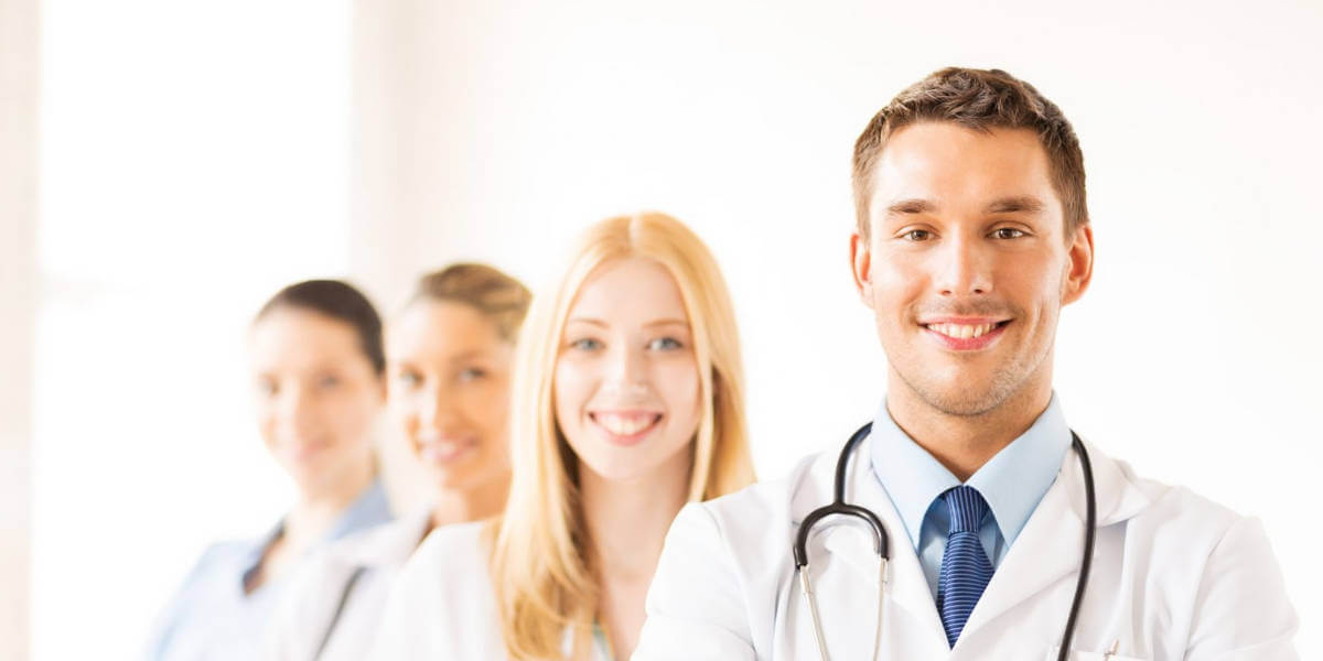 What Do Medical Professionals Wear?