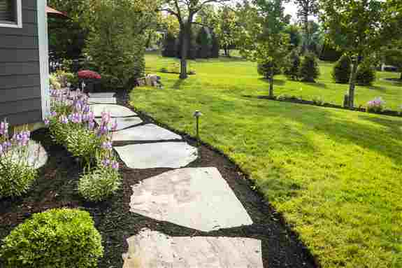 Customize your patios and pathways with hardscaping that suits your style. From natural stone, to modern pavers, or poured cement, we have a solution to craft your perfect view.