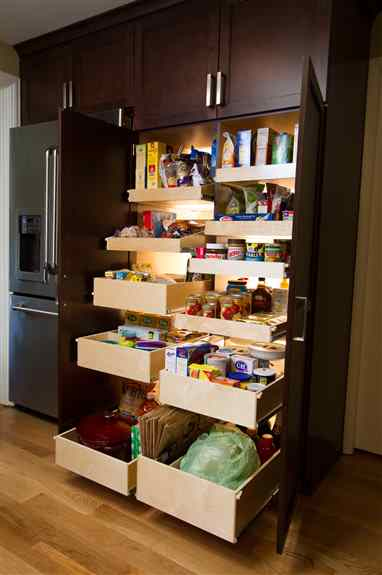 With convenient pull-out shelves, you'll be able to reach even the deepest corners of your pantry and make your pantry easier to access, easier to organize, and even easier to clean.